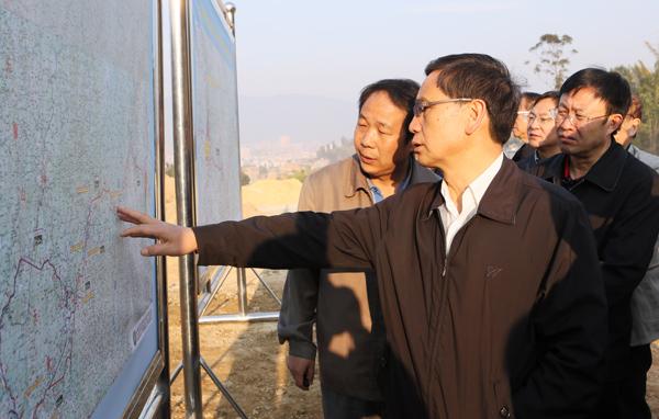丁绍祥要求玉临高速公路