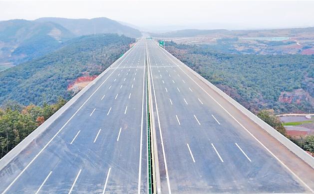 上关至鹤庆高速公路是国道g348(武汉—大理)线的重要组成部分